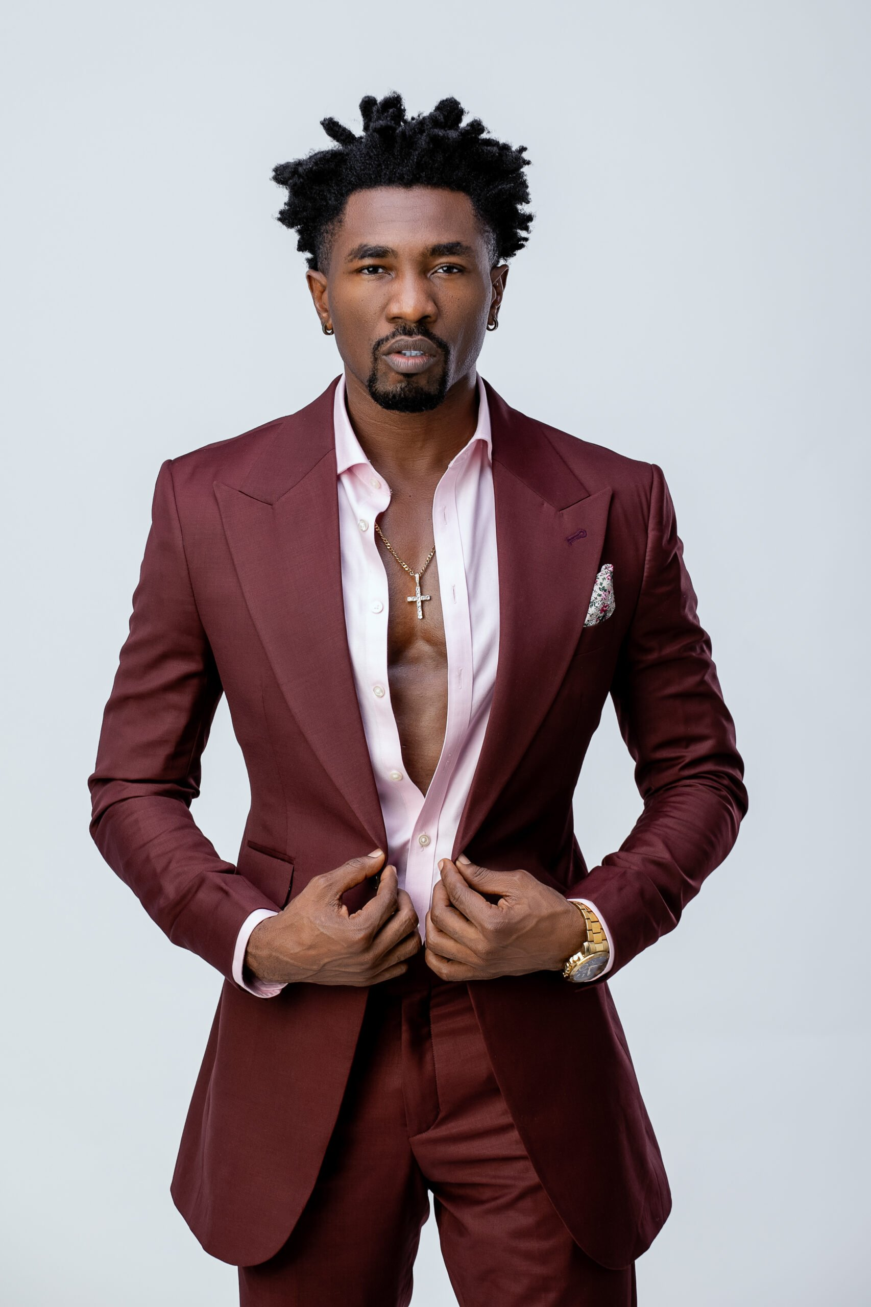 bbnaija:-keep-my-name-off-your-mouth-–-boma-slams-cubana-chiefpriest-over-comments